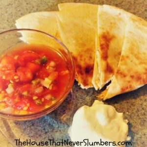 Quick and Easy Suppers for Busy Moms - Simple Chicken Quesadillas - featured