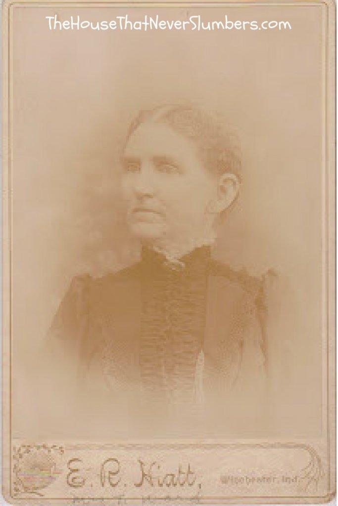 Did Thomas Ward Fight in the Revolutionary War? [Genealogy] - Mrs. T. Ward of Ridgeville in Randolph County, Indiana - #genealogy #familytree #ancestors #oldphotos #IndianaHistory #familyhistory