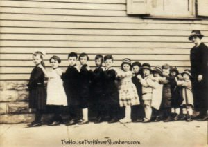 Bloomingport Friends Sunday School about 1921 - #genealogy #familyhistory #familytree #indianahistory #randolphcountyindinana