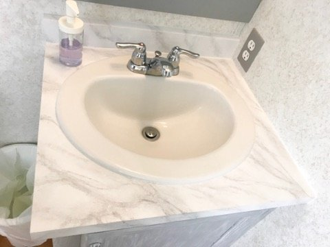 "White ""Marble"" Countertop created with Giani Countertop Refinishing Kit"